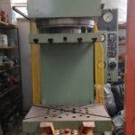 Pressa Idraulica a Collo di Cigno WmW VEB da 250 Ton. con premilamiera