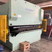 Pressa Piegatrice Idraulica Sincronizzata Colgar 3050 x 100 Ton Cnc 4 Assi ( Norme CE)